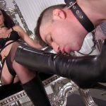 Femdomempire presents Sablique Von Lux in Lick Amazon Boots – 25.10.2016 (MP4, FullHD, 1920×1080) Watch Online or Download!